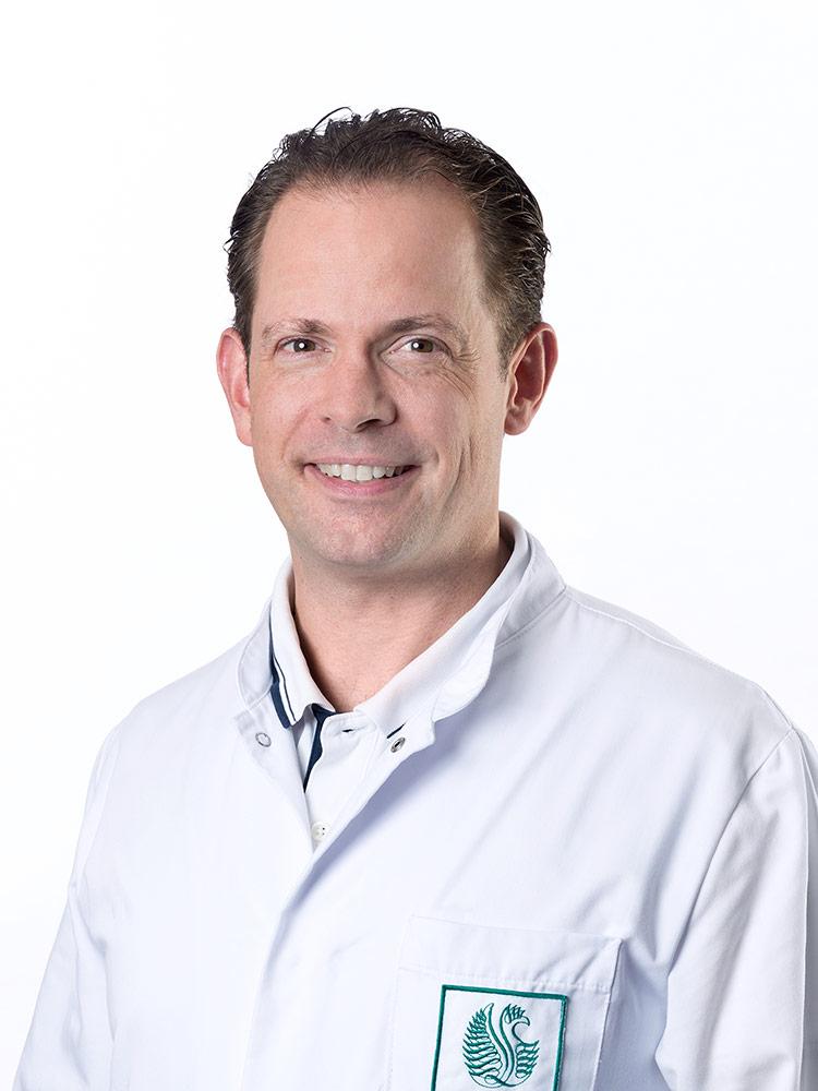 Dr. med. Tobias Schmook